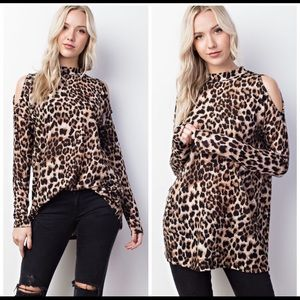 Soft Leopard high neck cold shoulder Tunic. L, New